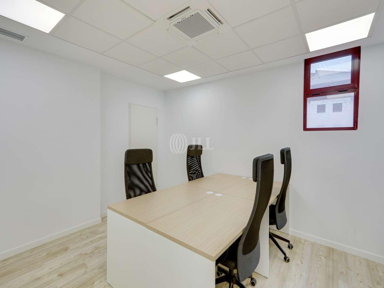 Oficina Madrid, 28037 - Coworking - MIGUEL YUSTE 33B - 23580