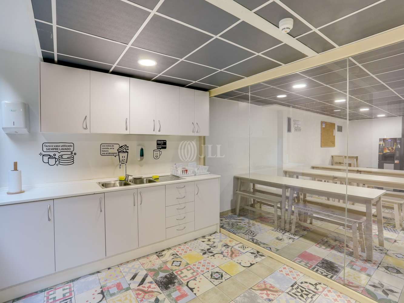 Oficina Madrid, 28036 - Coworking - HENRI DUNANT 17 - 23603