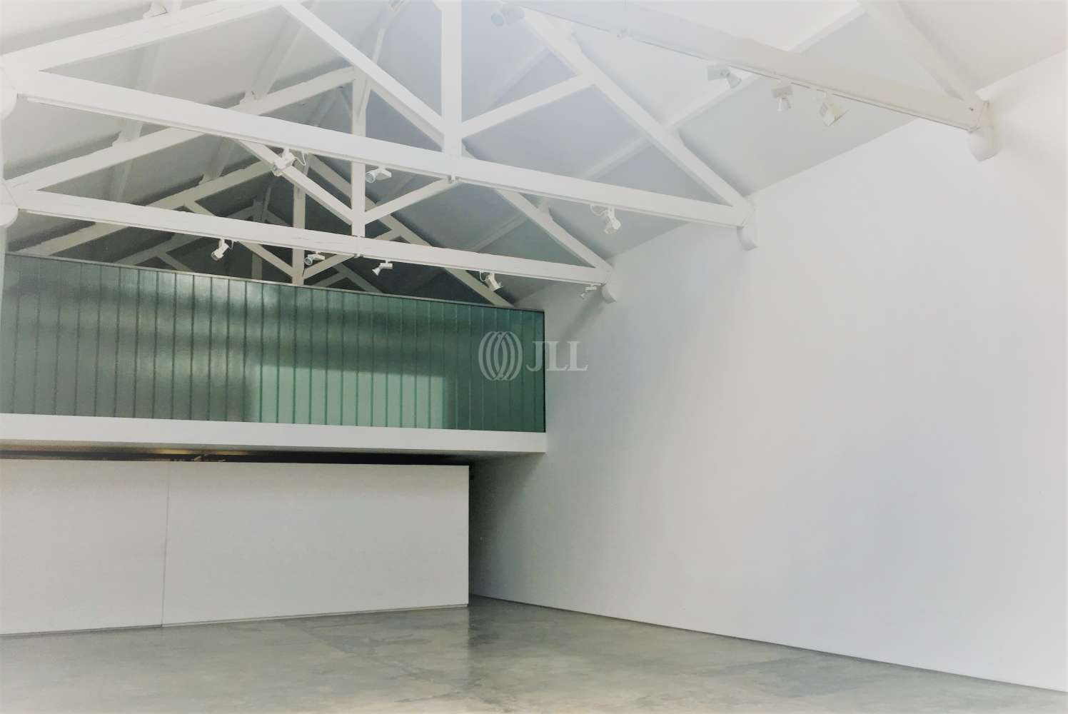 Industrial Lisboa, 1950-014 - Armazém   Galeria Marvila