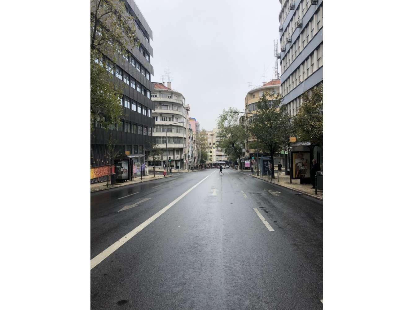 Loja Lisboa, 1150-103 - Conde Redondo 44 - 858
