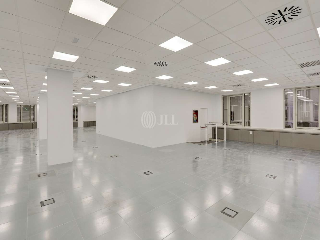 Oficina Madrid, 28034 - ORDUÑA 3 - 23718