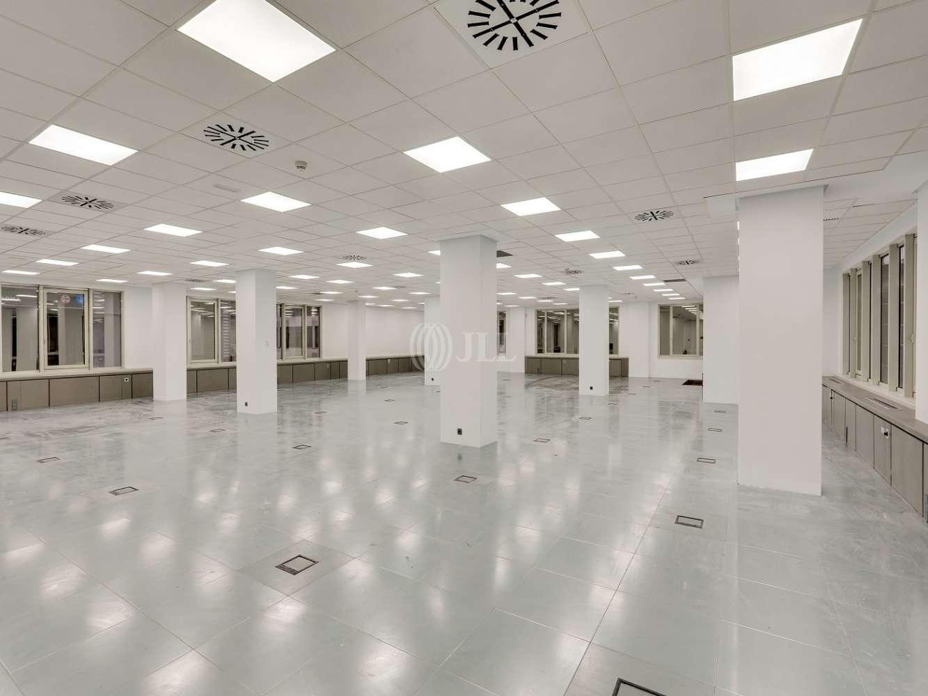 Oficina Madrid, 28034 - ORDUÑA 3 - 23723