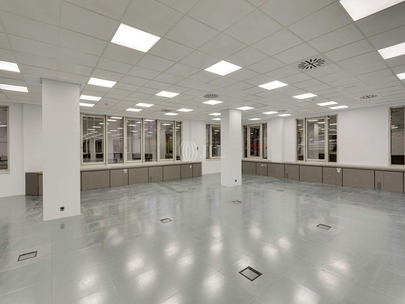 Oficina Madrid, 28034 - ORDUÑA 3 - 23724