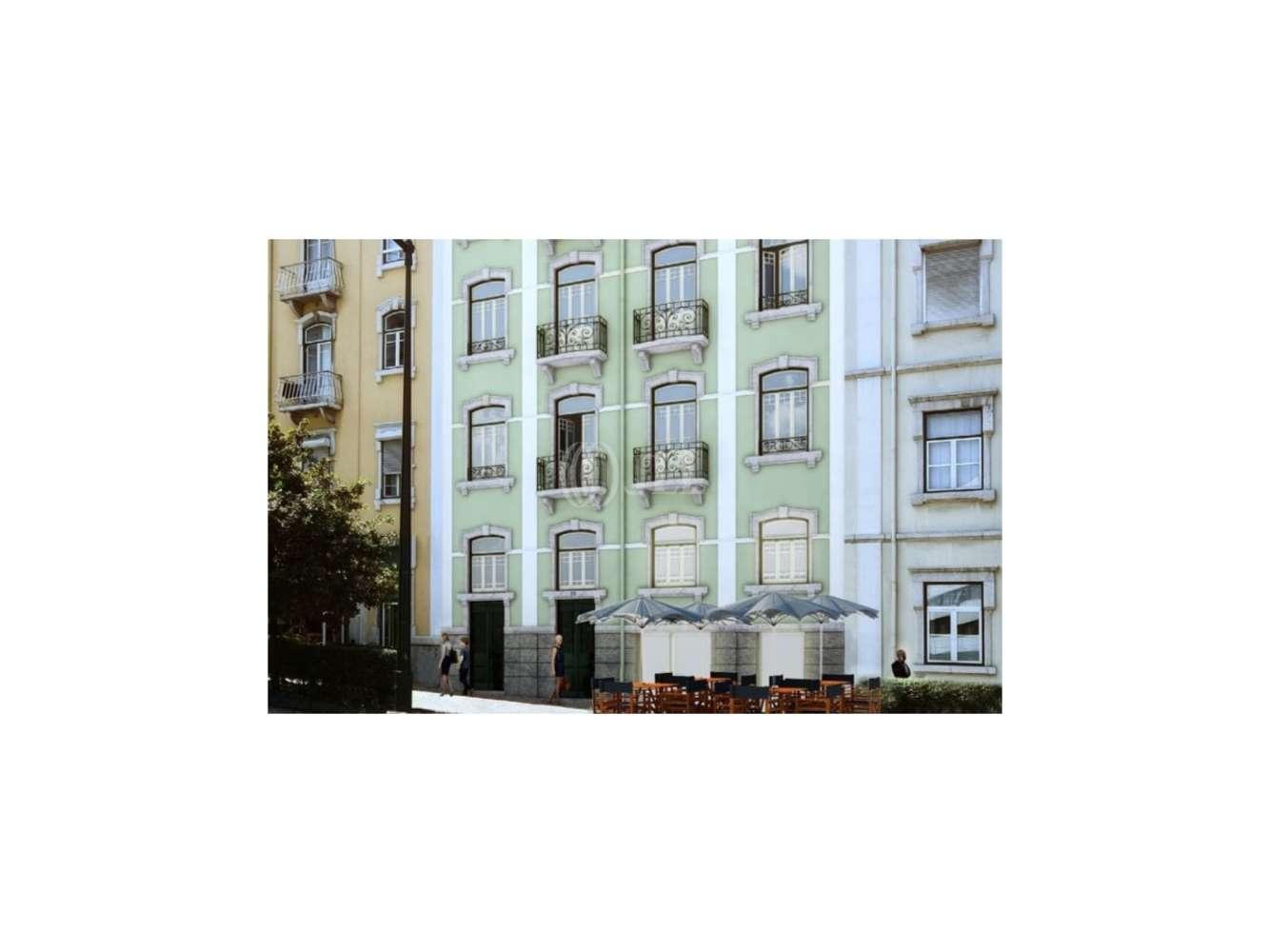 Loja Lisboa, 1250-096 - Braamcamp 18 - 472