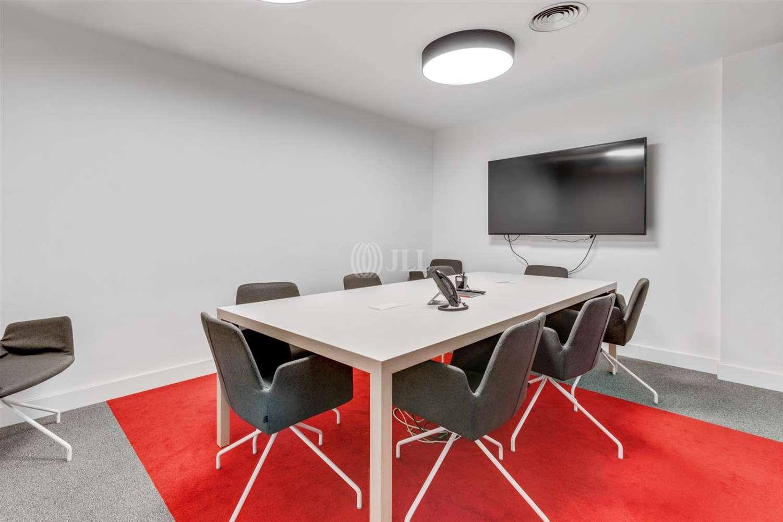 Oficina Barcelona, 08007 - Pº de Gracia 11 - Esc. A - 23980