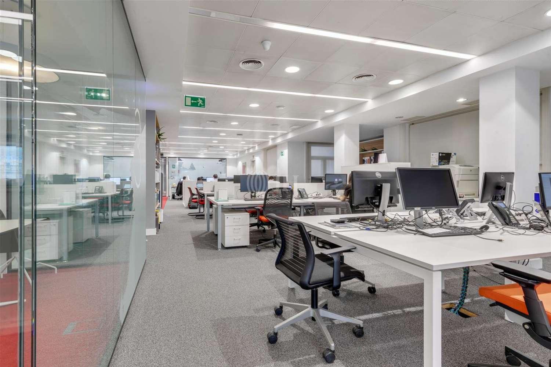 Oficina Barcelona, 08007 - Pº de Gracia 11 - Esc. A - 23981