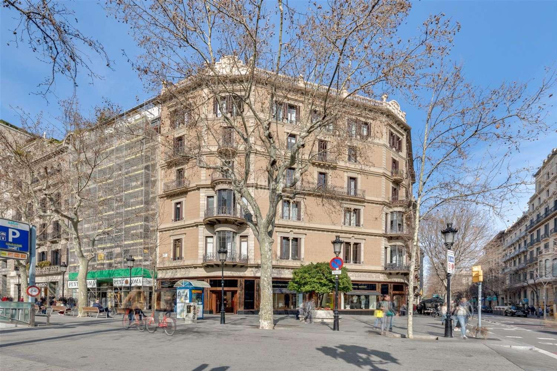 Oficina Barcelona, 08007 - Paseo de Gracia 32 - 24163