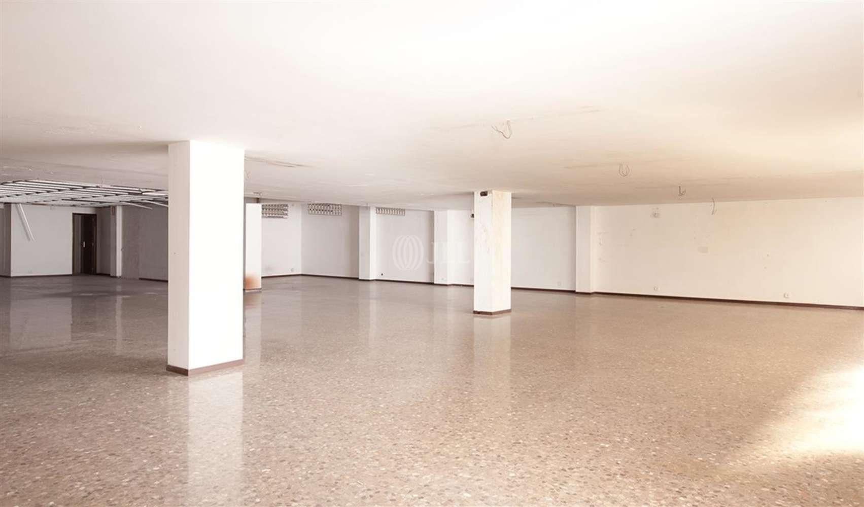 Oficina Barcelona, 08037 - BRUC 129