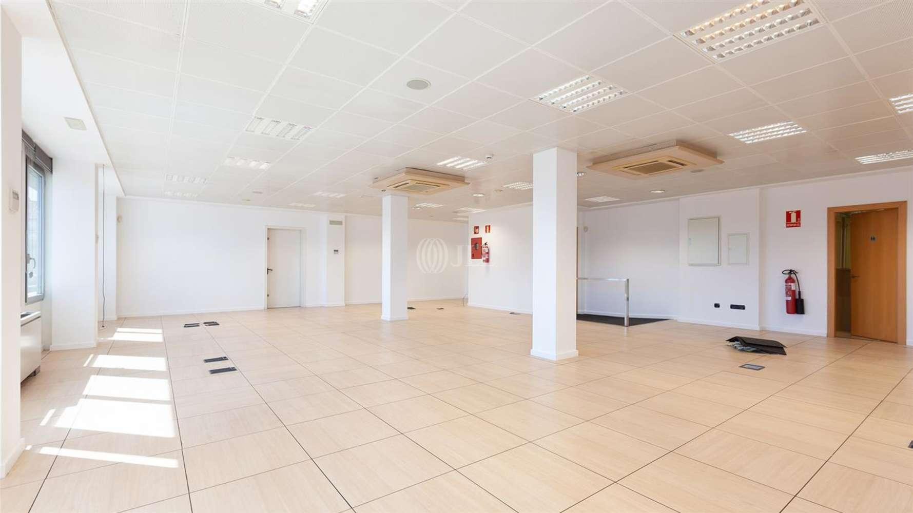Oficina Barcelona, 08009 - CONSELL DE CENT 334 - 24685