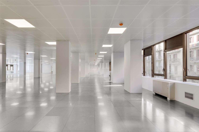 Oficina Barcelona, 08025 - PROVENÇA 392 - 25073