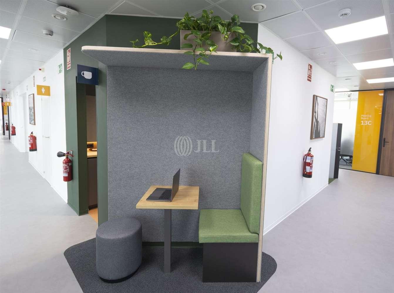 Oficina Barcelona, 08014 - Coworking - SANTS - 25106