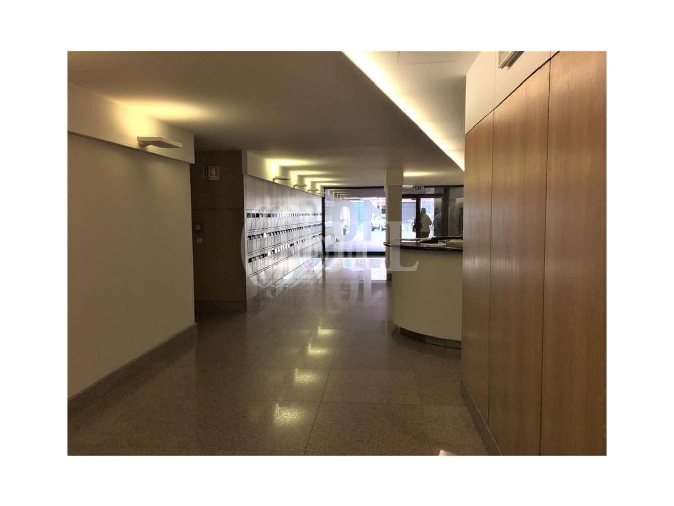 Escritórios Lisboa, 1600-001 - Abranches Ferrão 10 - 5