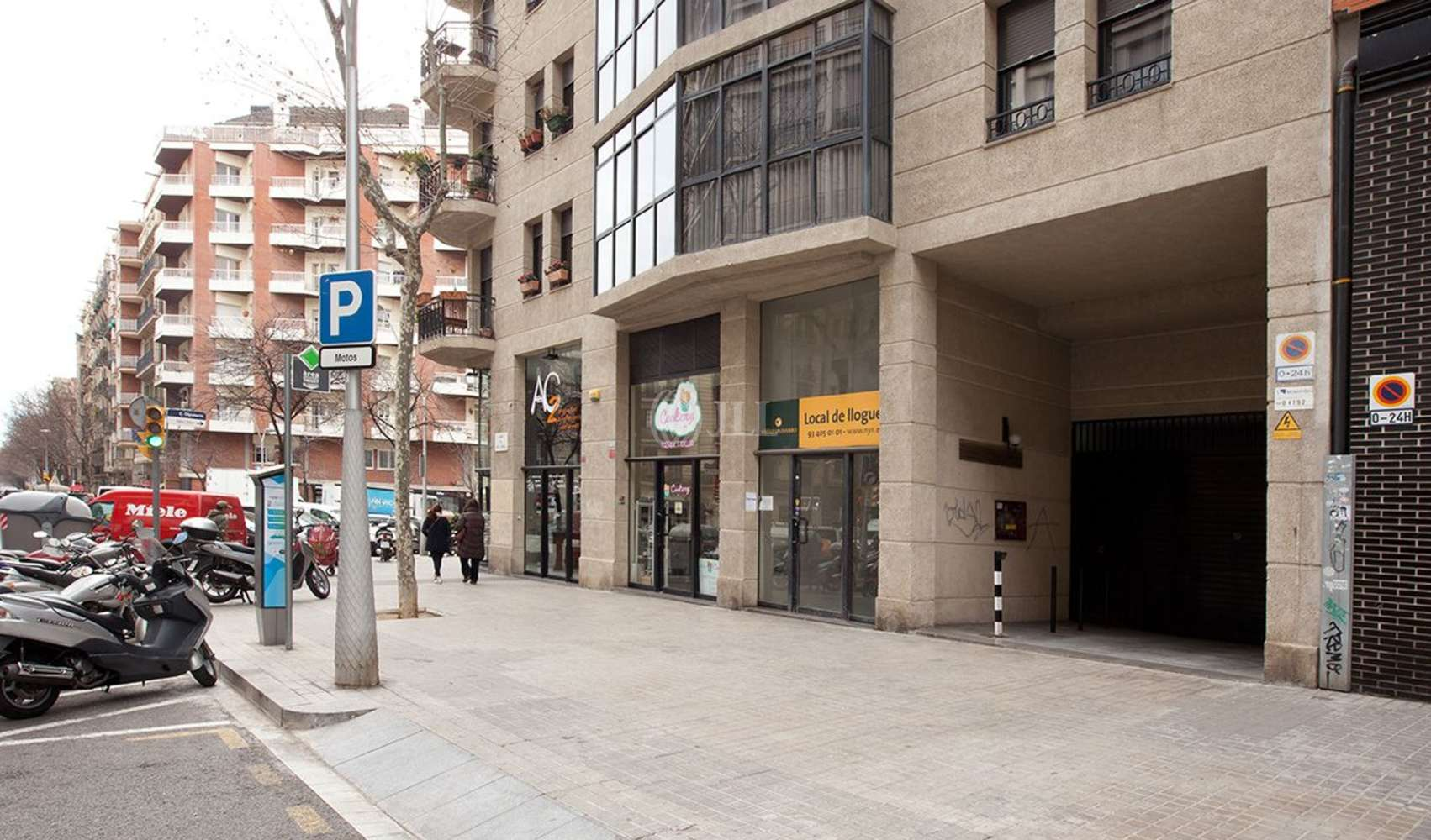 Local comercial Barcelona, 08015 - COMTE BORREL 155