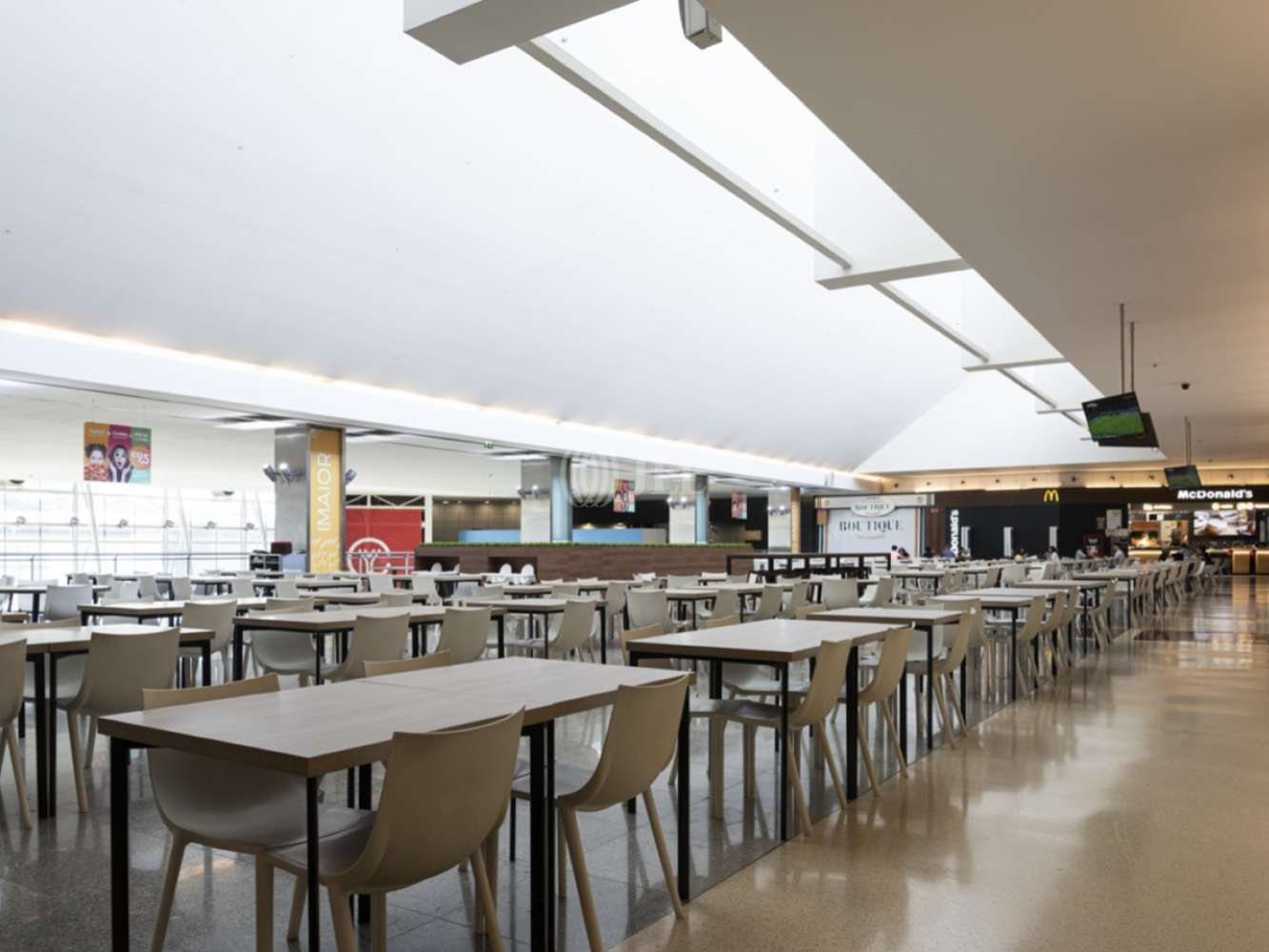 Centro-comercial Paços de ferreira,  - Centro Comercial Ferrara Plaza