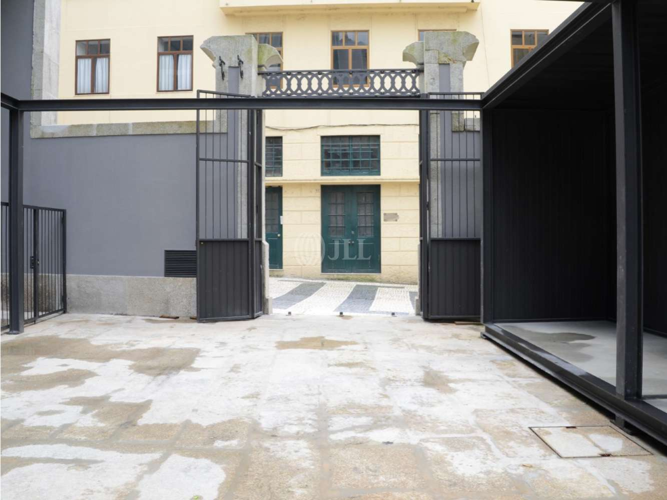 Loja Porto,  - Miguel Bombarda 18