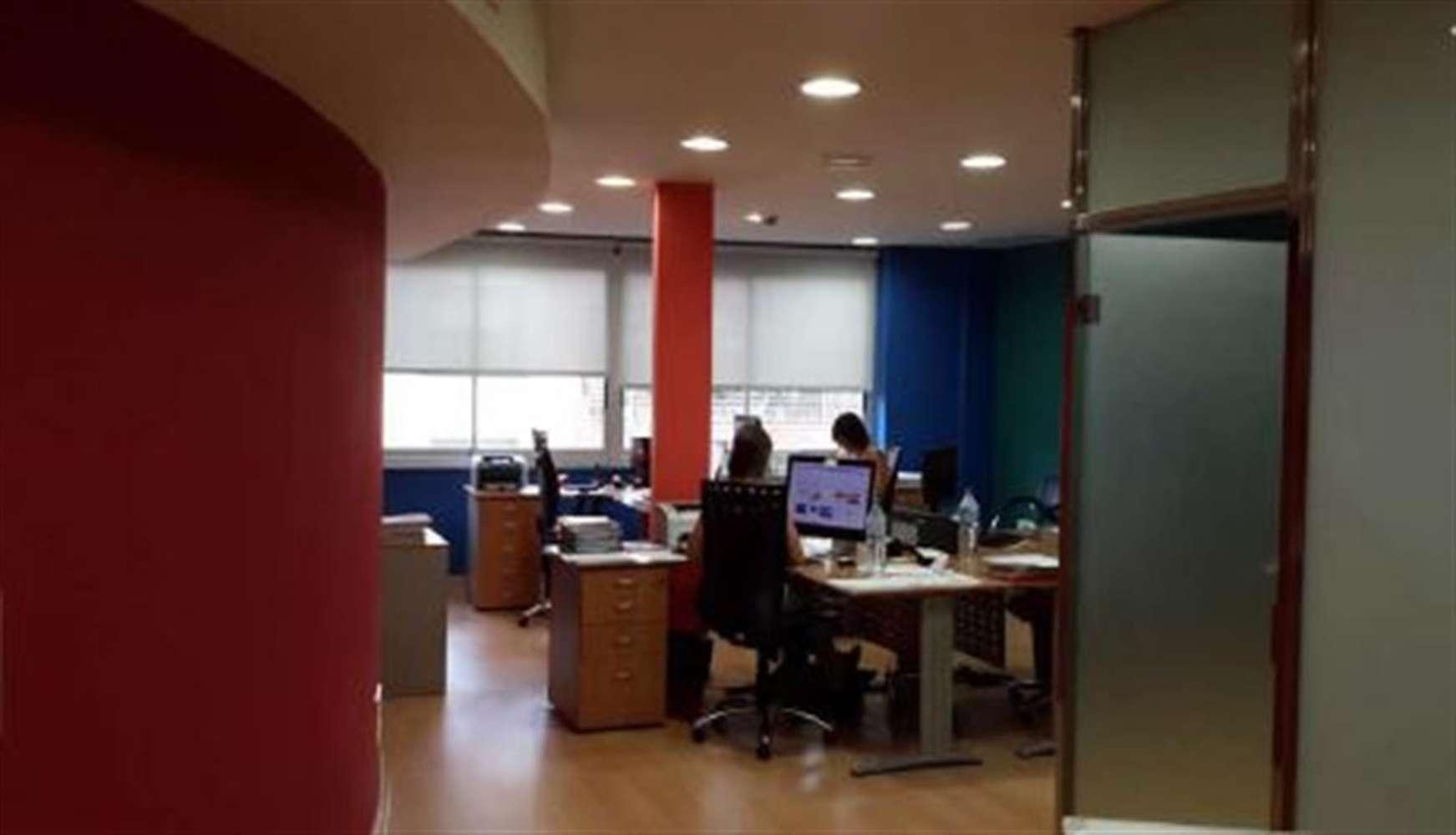 Oficina Barcelona, 08011 - DIPUTACIO 180 - 11758