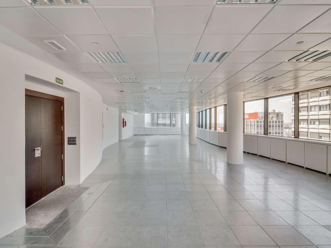 "Oficina Madrid, 28020 - ""ALFREDO MAHOU"" - 15579"