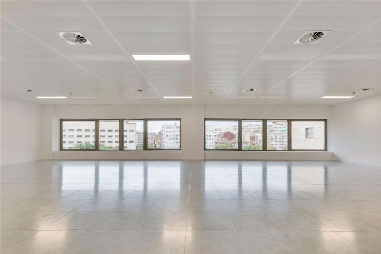 Oficina Barcelona, 08029 - L´Illa - 21170