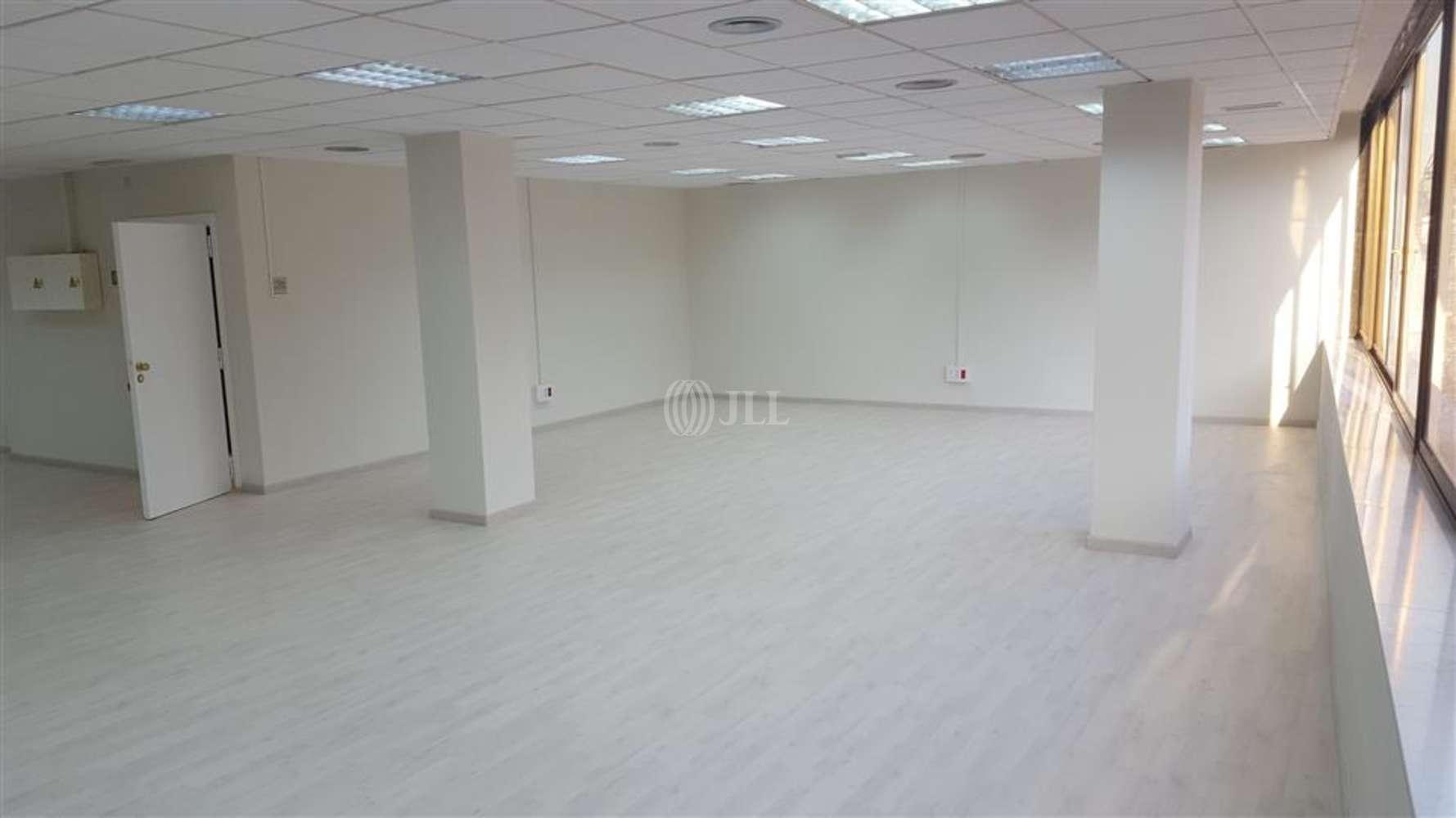 Oficina Barcelona, 08010 - CASP 17 - 8069