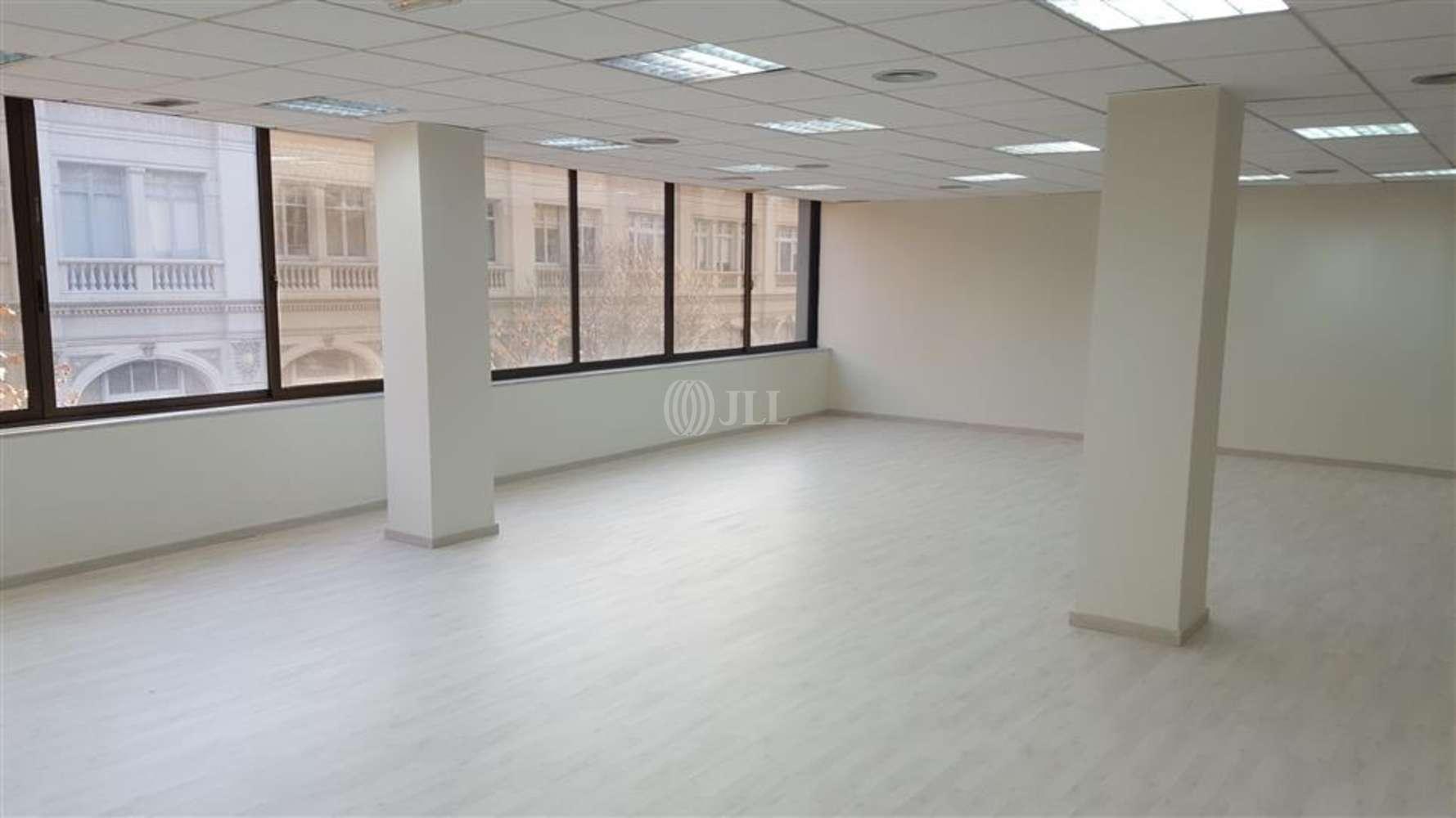 Oficina Barcelona, 08010 - CASP 17 - 8071