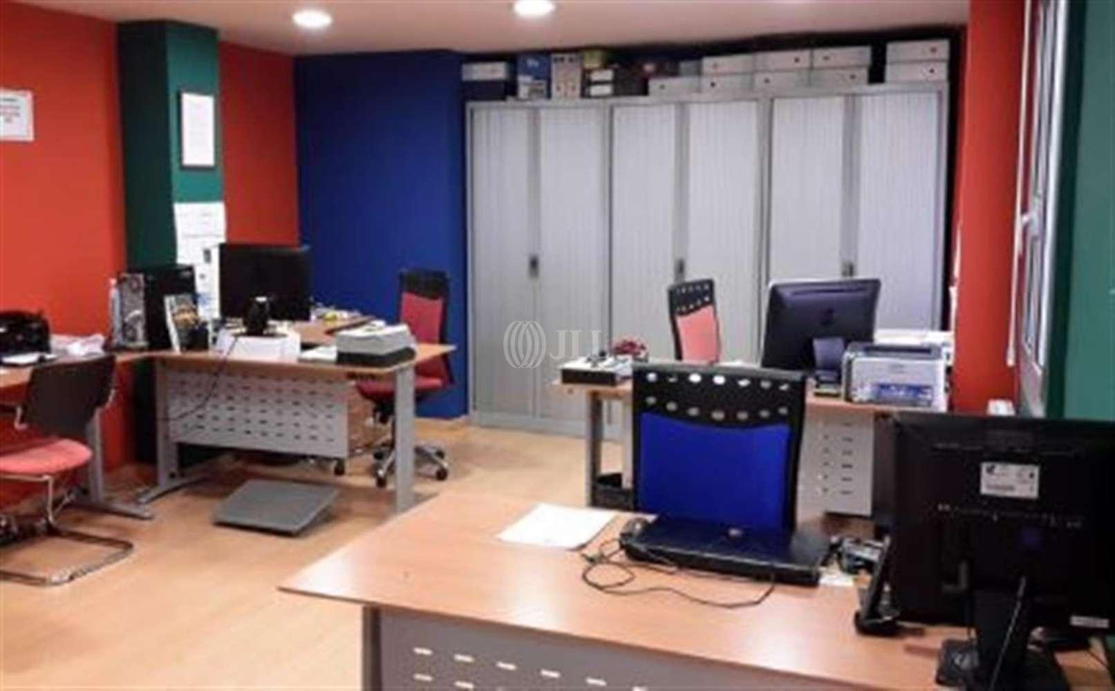 Oficina Barcelona, 08011 - DIPUTACIO 180 - 11765