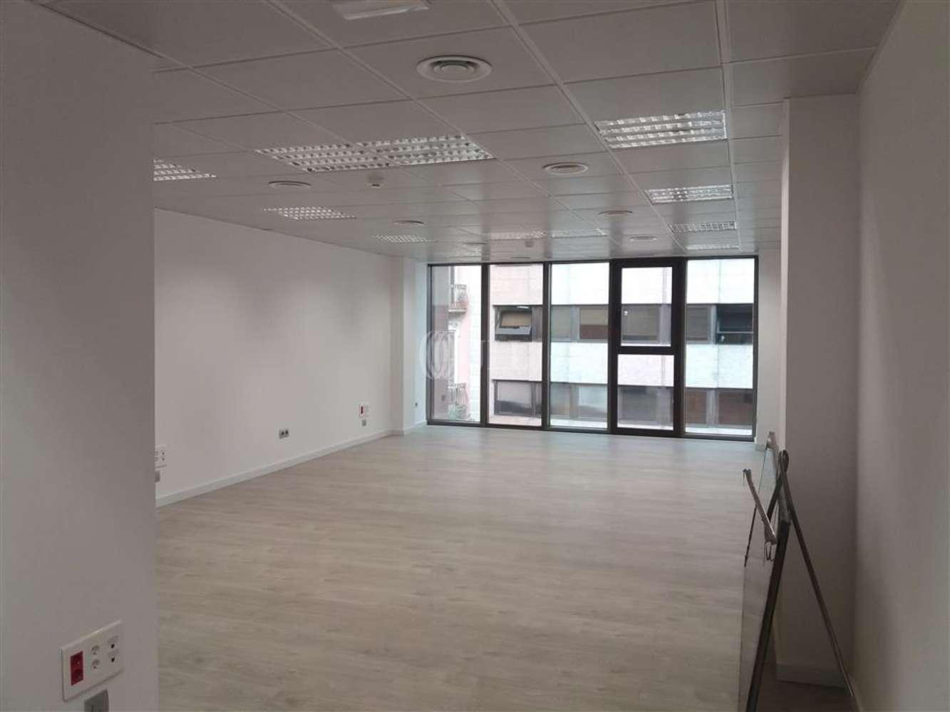 Oficina Barcelona, 08007 - DIPUTACIO 238 - 8594