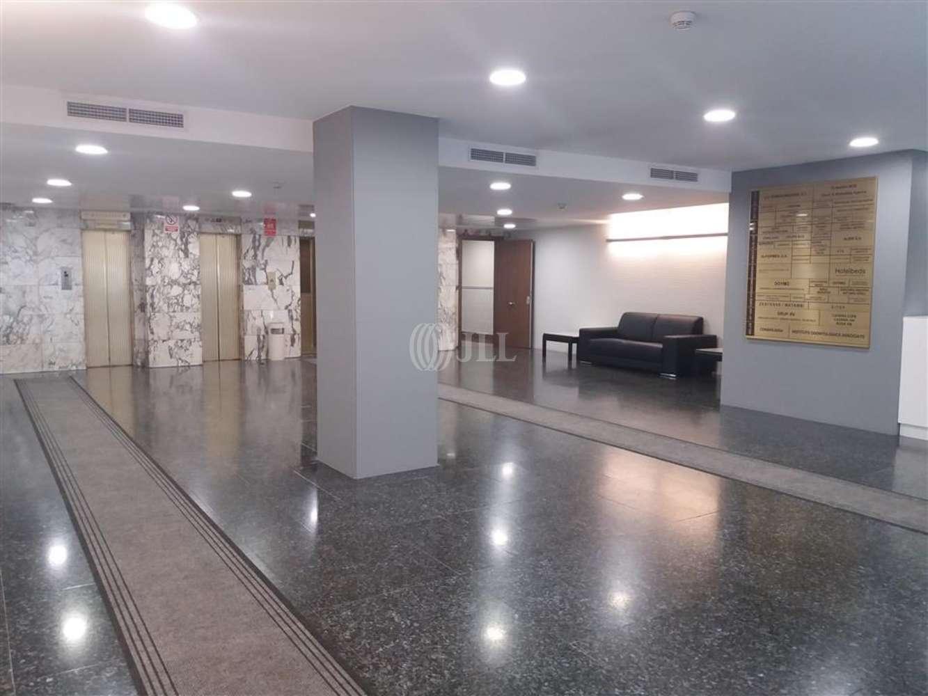Oficina Barcelona, 08007 - DIPUTACIO 238 - 8595