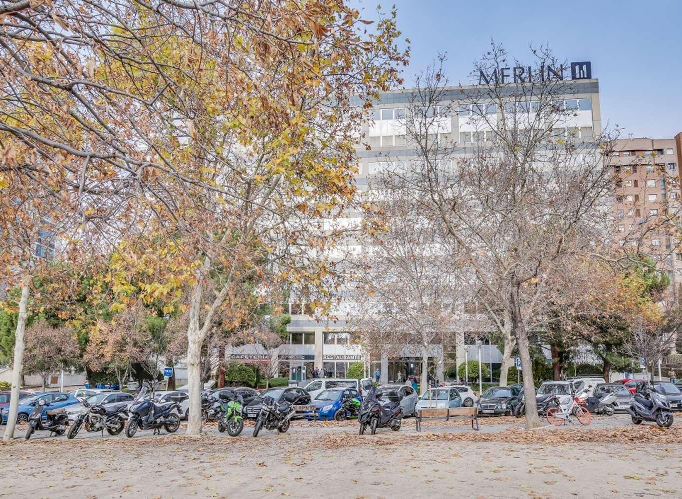 Oficina Madrid, 28035 - SANTIAGO DE COMPOSTELA 94 - 13385
