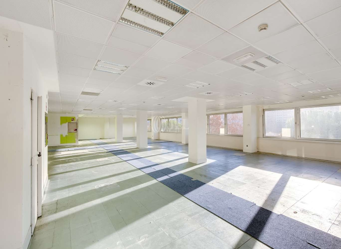 Oficina Madrid, 28035 - SANTIAGO DE COMPOSTELA 94 - 13393