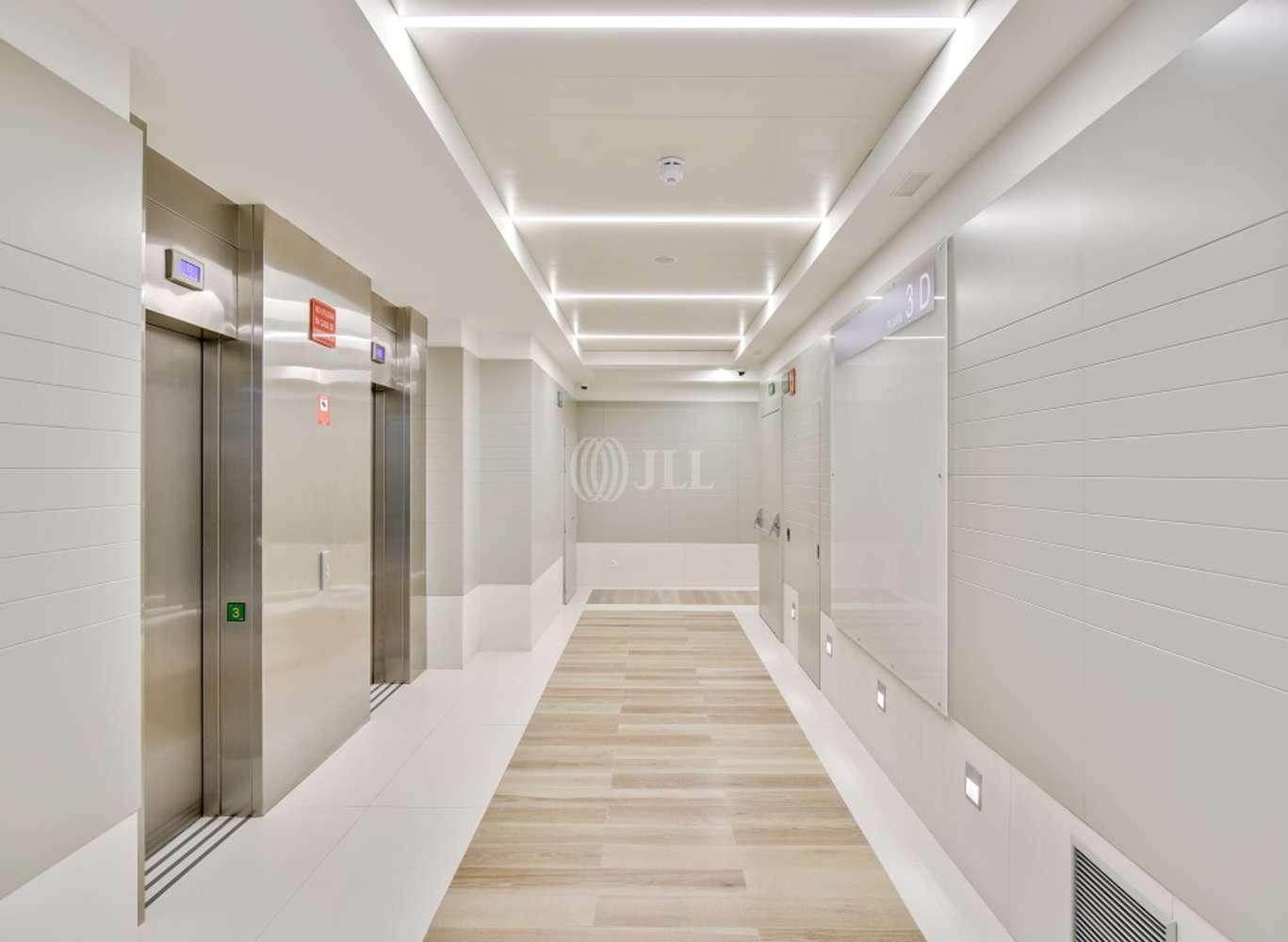 Oficina Madrid, 28020 - GENERAL PERON 40 - 14075