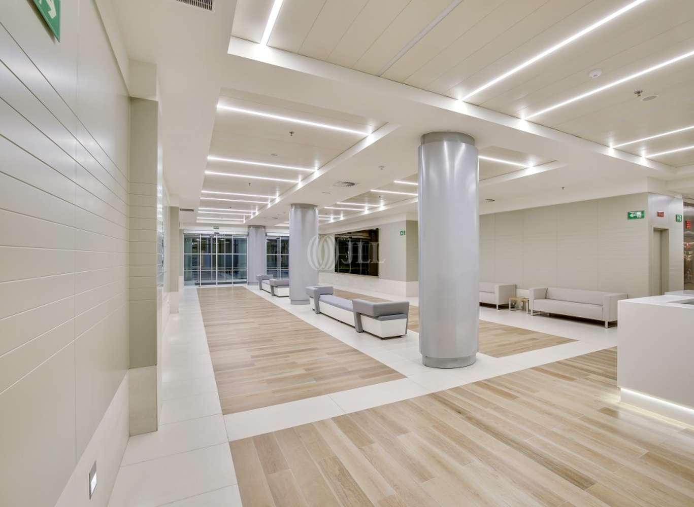 Oficina Madrid, 28020 - GENERAL PERON 40 - 14076