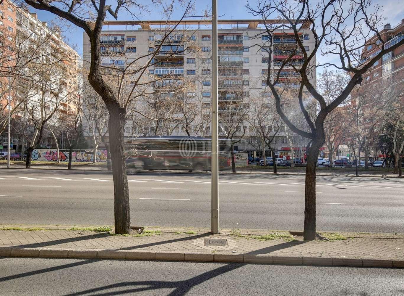Oficina Madrid, 28046 - LA CASTELLANA 184 - 14230