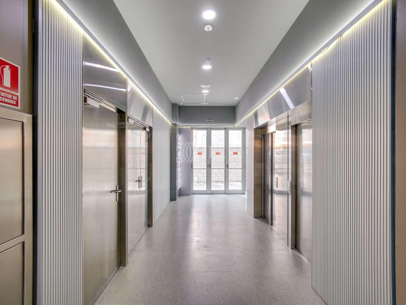 Oficina Madrid, 28037 - América IV - 15321