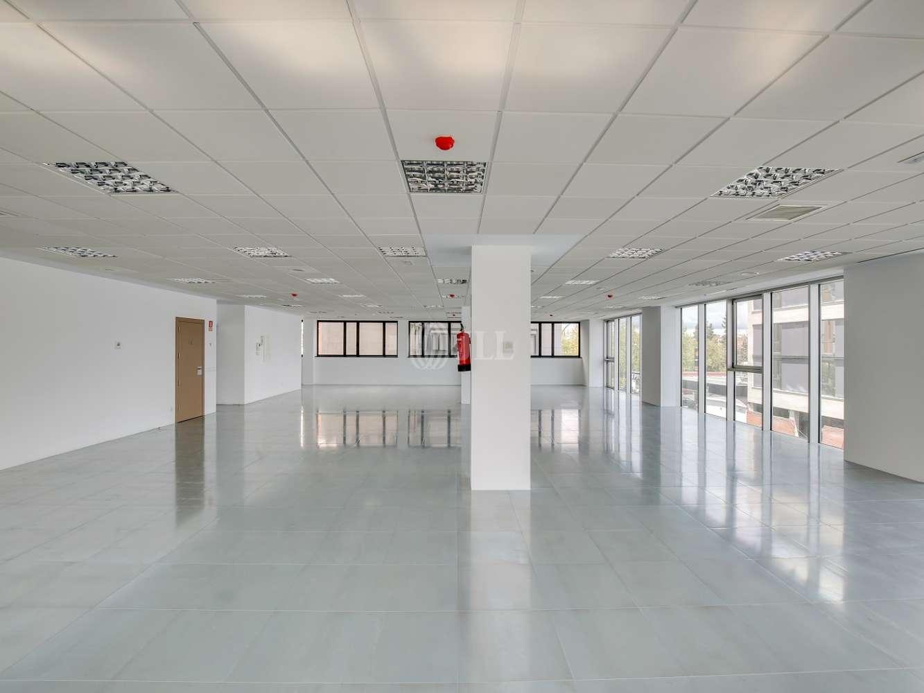 Oficina Madrid, 28037 - América IV - 15322
