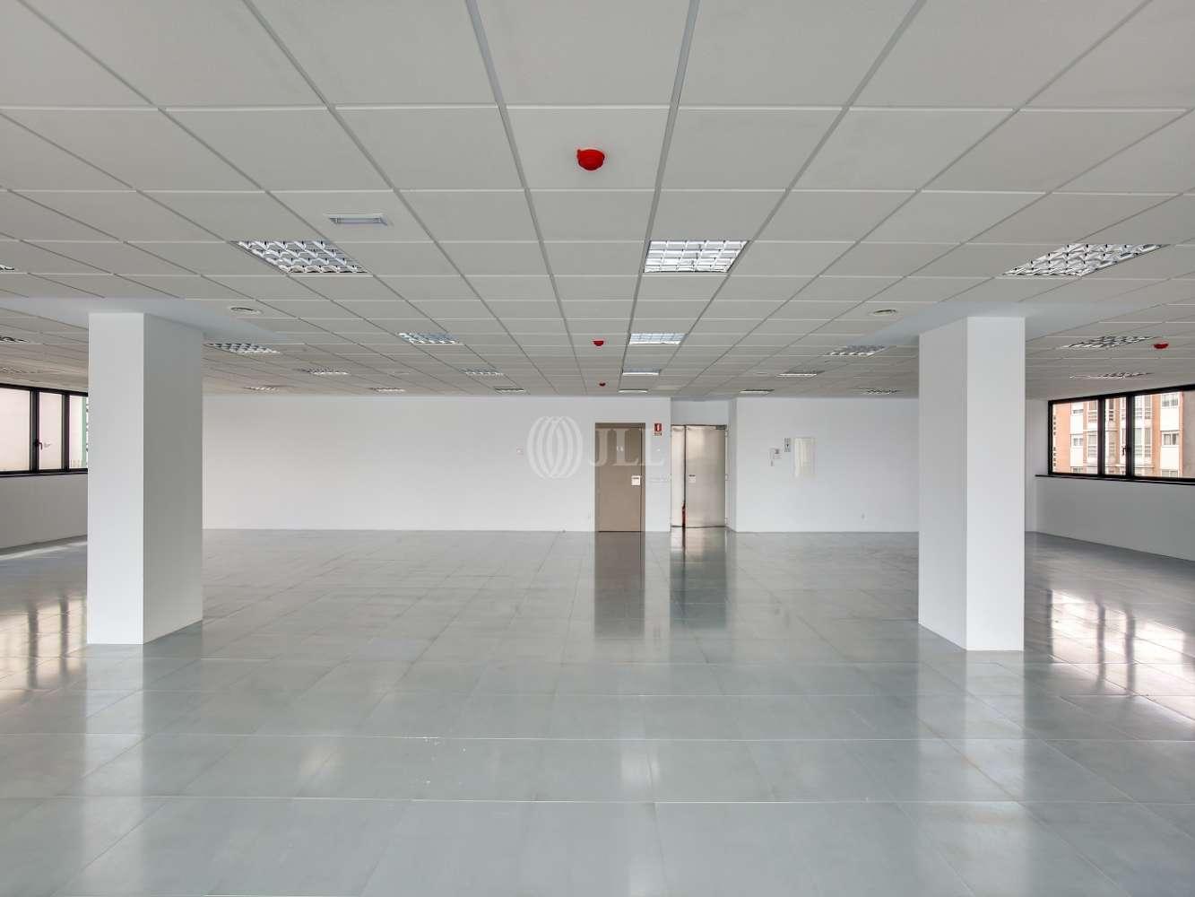 Oficina Madrid, 28037 - América IV - 15323