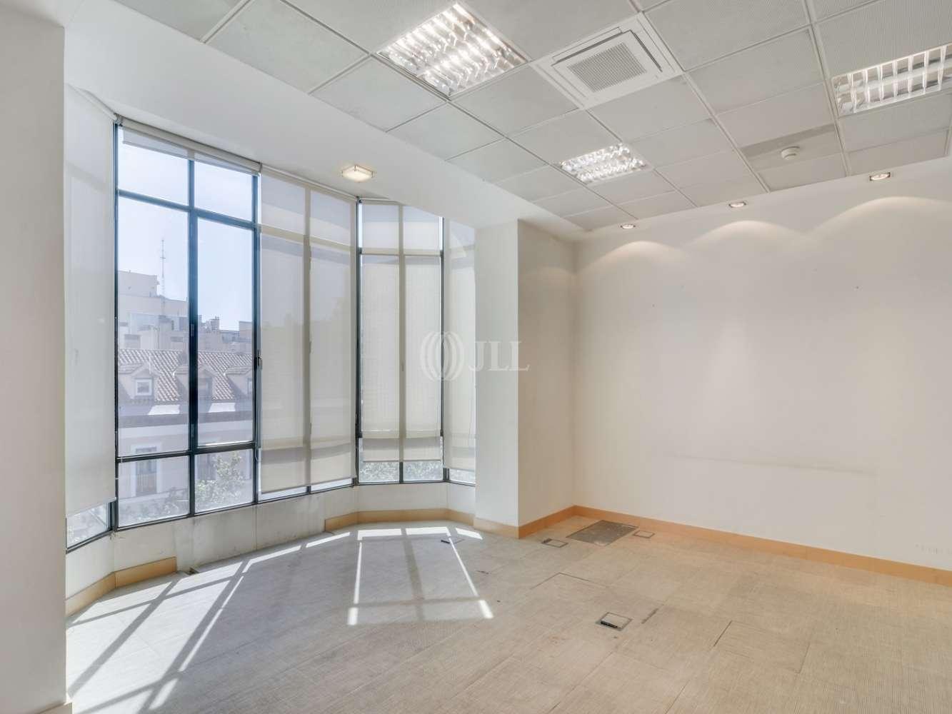 Oficina Madrid, 28001 - SERRANO 37 - 15466