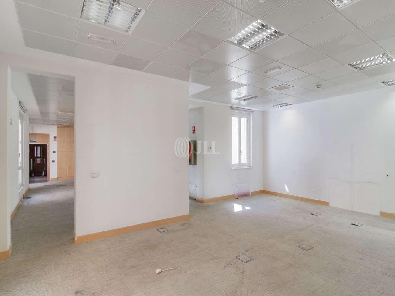 Oficina Madrid, 28001 - SERRANO 37 - 15472