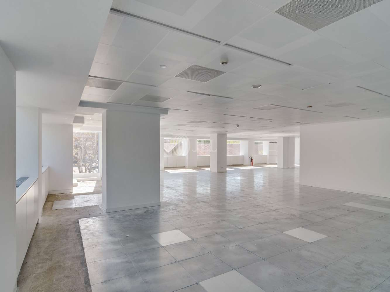 Oficina Madrid, 28046 - LA CASTELLANA 110 - 15593