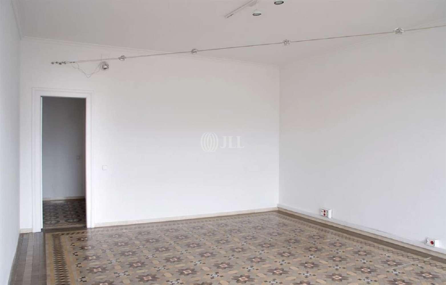 Oficina Barcelona, 08008 - GRACIA 74 - 16182