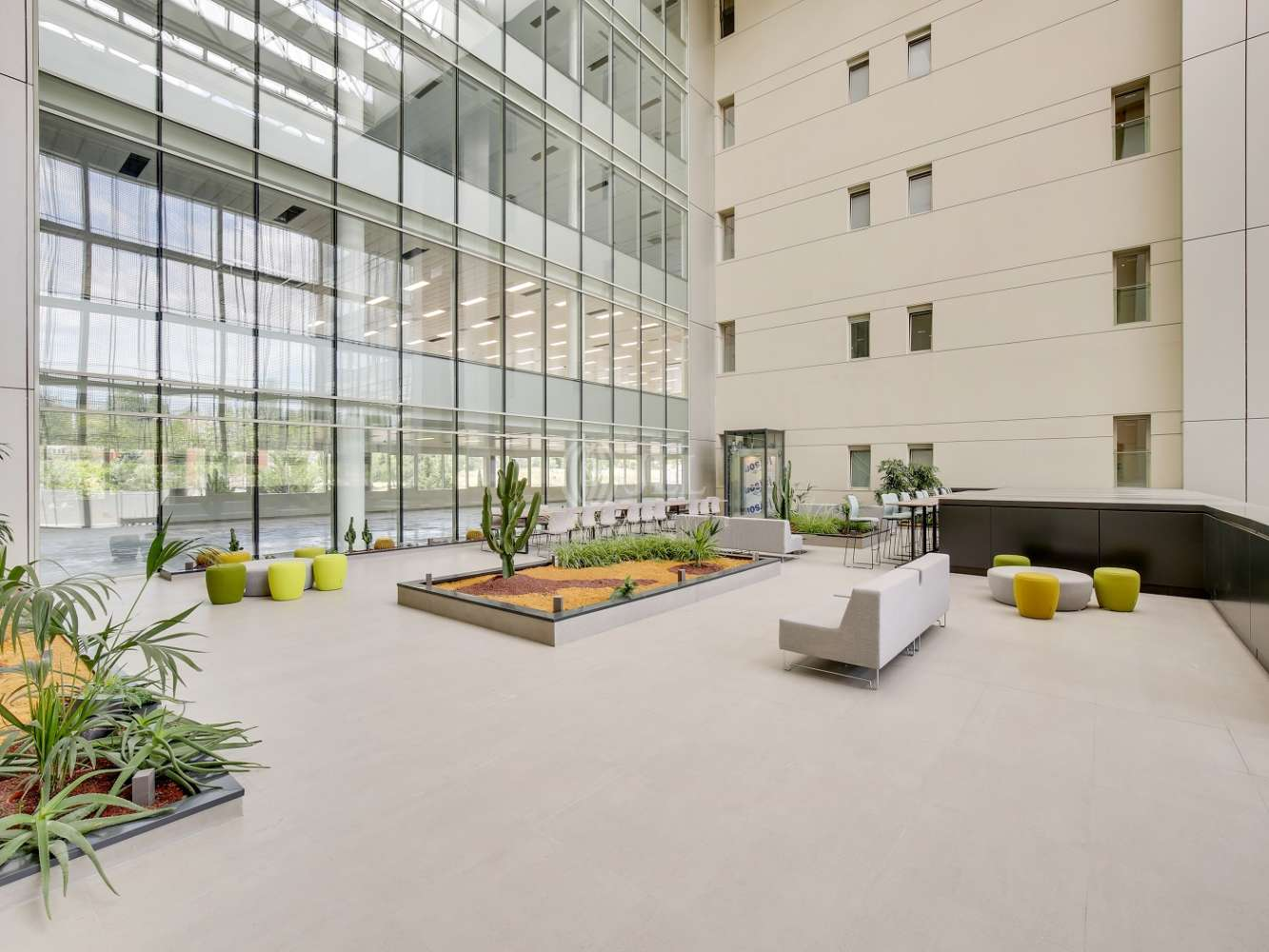 """Oficina Madrid, 28042 - Edificio """"LOIRA"""" - 16603"""