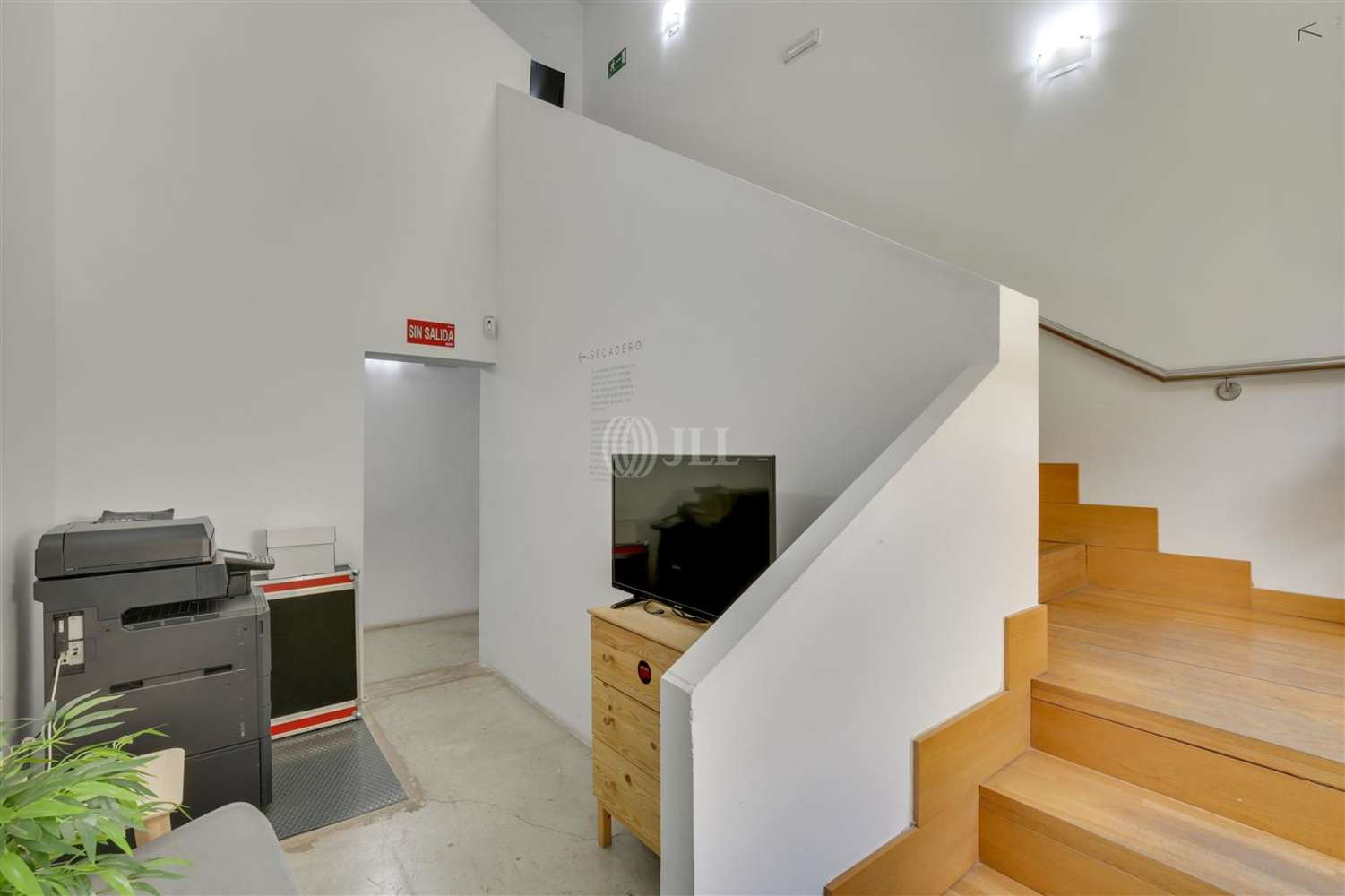 Oficina Madrid, 28014 - Coworking - TAPICES - 17821