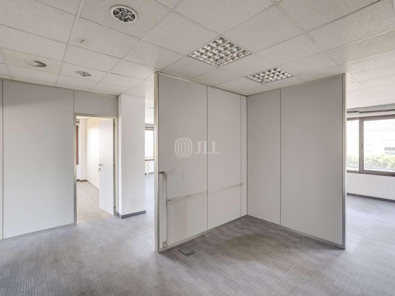 Oficina Madrid, 28035 - CARDENAL HERRERA ORIA 383 - 18182