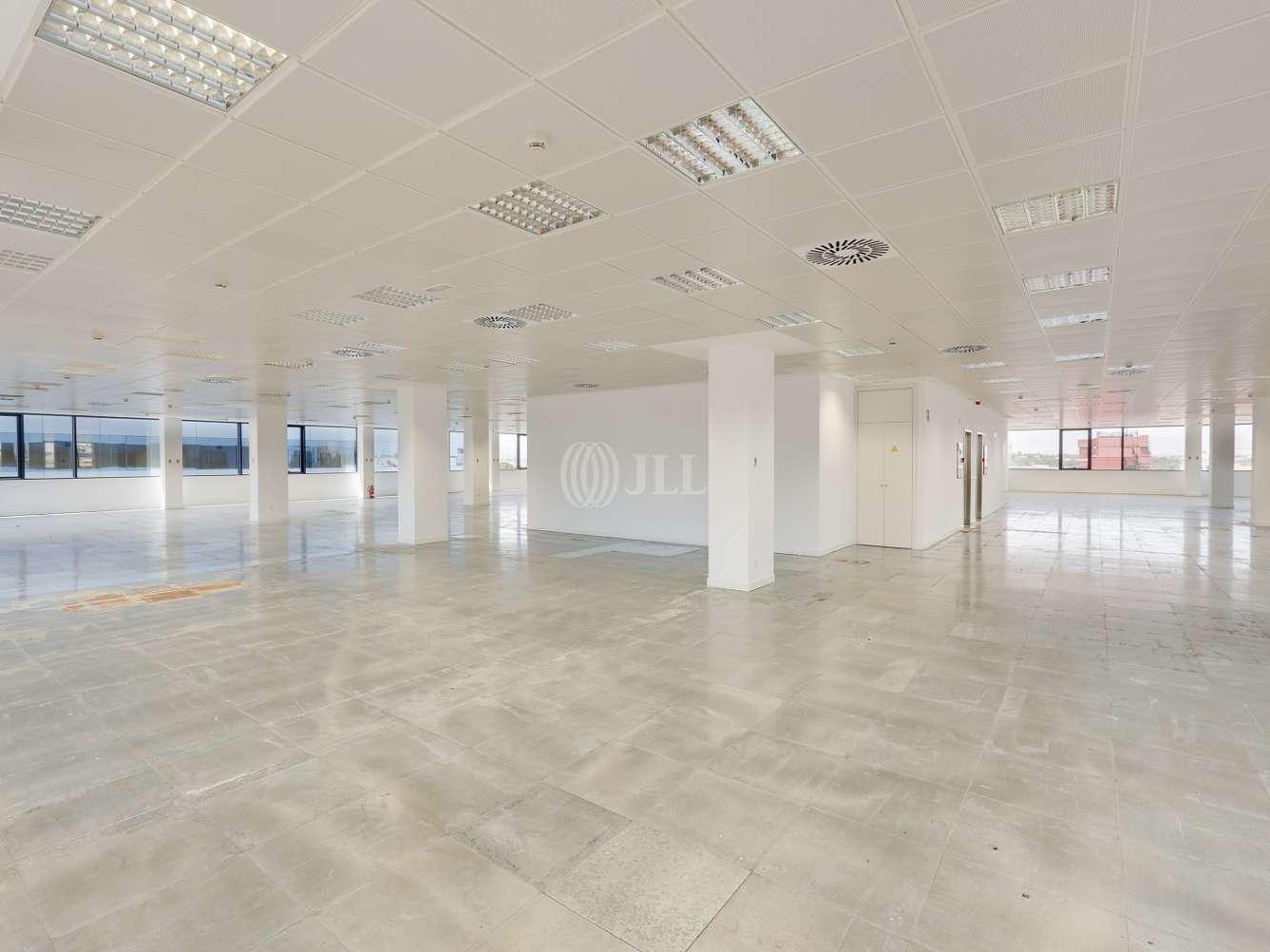 Oficina Madrid, 28050 - Edificio 3 - 18300
