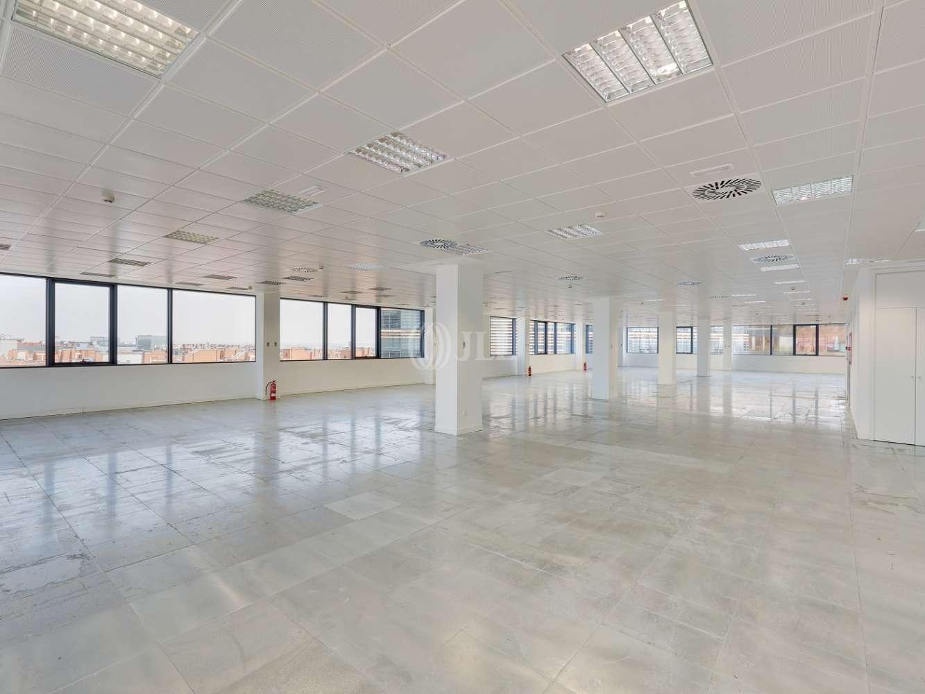 Oficina Madrid, 28050 - Edificio 3 - 18301