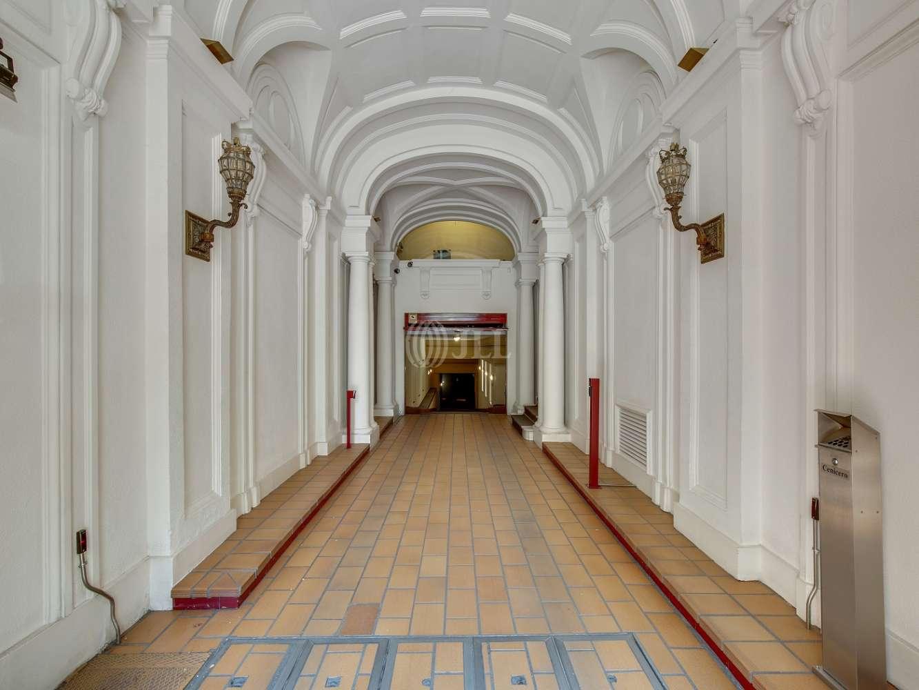 Oficina Madrid, 28010 - FERNANDO EL SANTO 20 - 18557