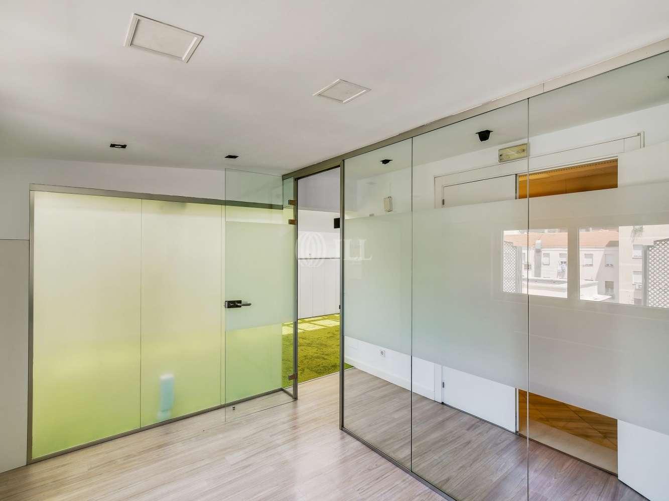 Oficina Madrid, 28010 - FERNANDO EL SANTO 20 - 18560