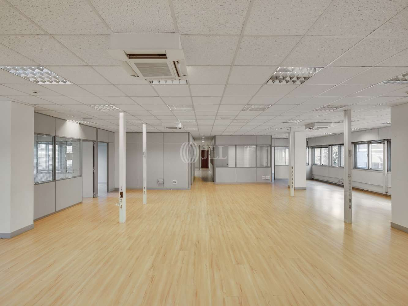 Oficina Madrid, 28046 - LA CASTELLANA 184 - 18607
