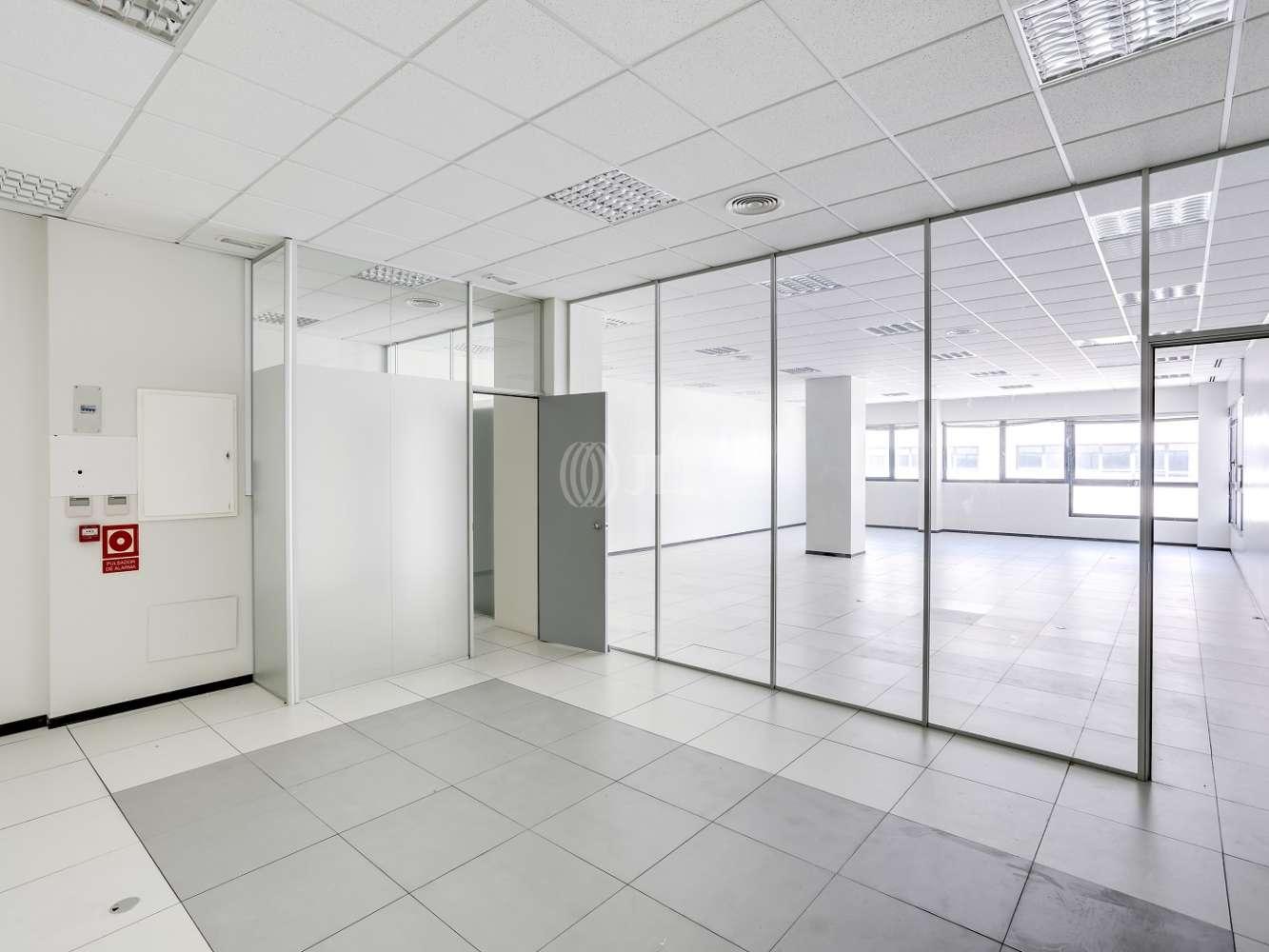 Oficina Madrid, 28031 - Edif 3 (24B) - P.E. Pérez Iglesias - 18836