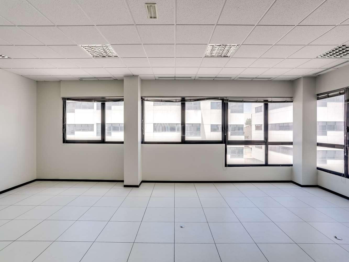 Oficina Madrid, 28031 - Edif 3 (24B) - P.E. Pérez Iglesias - 18840
