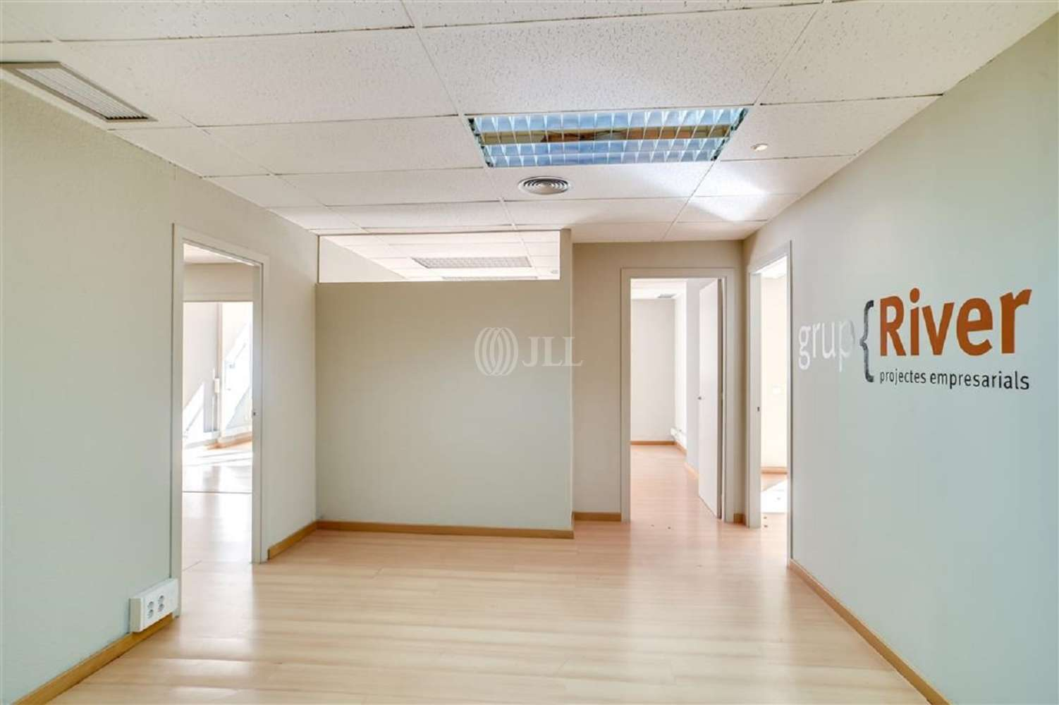 Oficina Barcelona, 08022 - MUNTANER 537 - 18887